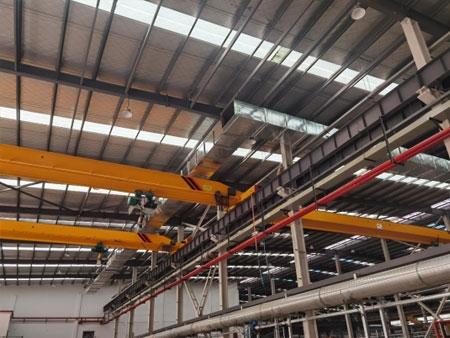 安歌思常州厂区安装多台5T10T单梁起重机及重型定柱式旋臂起重机