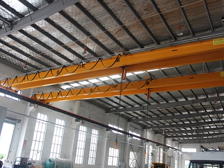 LH型2.8T电动葫芦双梁桥式起重机--配套黑熊环链电动葫芦